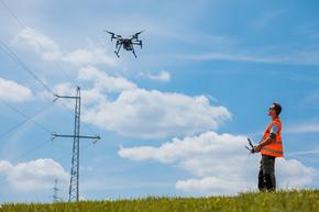 Elia Neemt deel aan DronePort